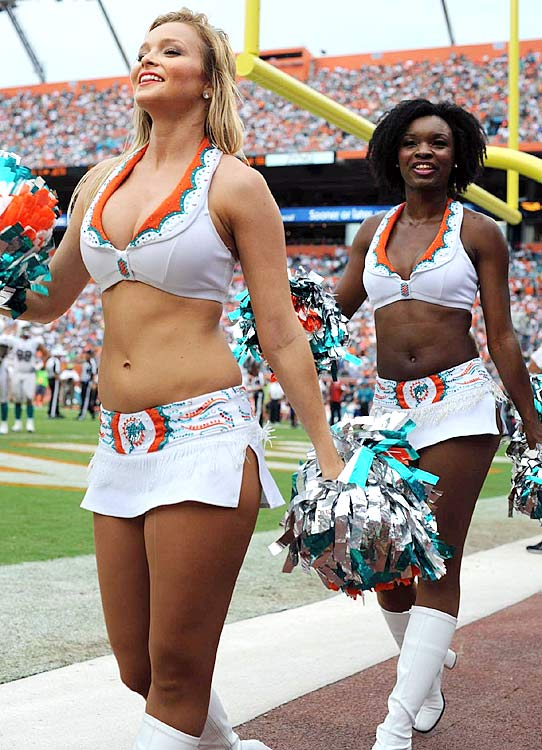 miami-dolphins-cheerleaders-op3z-38525-mid