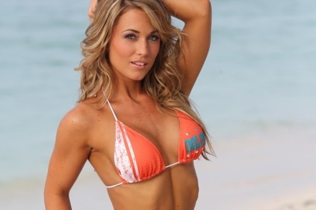 Miami Dolphins Cheerleader (9)