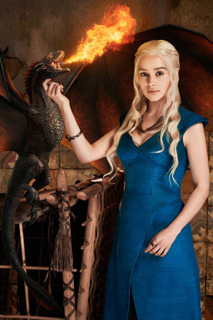 Dany in blue with dragon