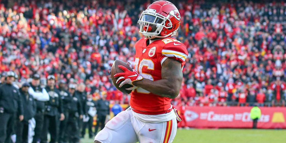 7 Fantasy Running Backs Who Overachieved in 2018 7
