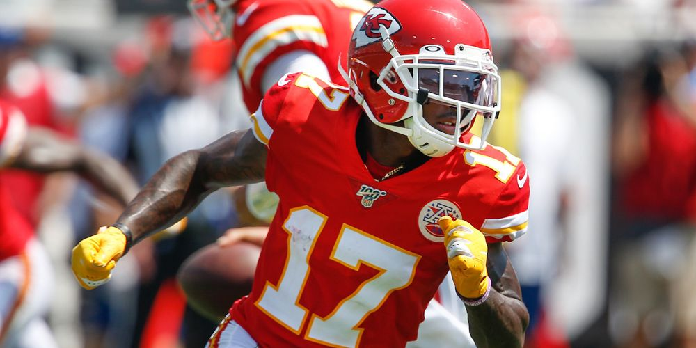 10 Fantasy Football Sleepers for Week Four 8